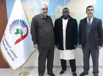 السيد منير سعيد يستقبل النائب بالبرلمان المالي ونائب رئيس جمعية مالي للشباب المسلم السيد ماحمادو لمين ديجيكيني