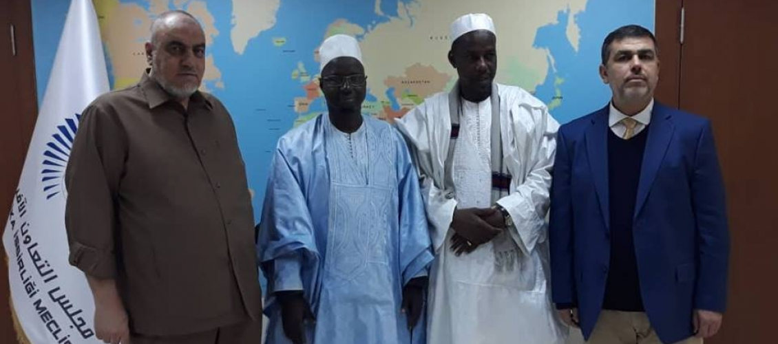 M. Mounir Said reçoit l'ambassadeur de l'itinéraire au présidence de l'Etat du Sénégal et le président de l'Organisation de l'enfance pour le développement.