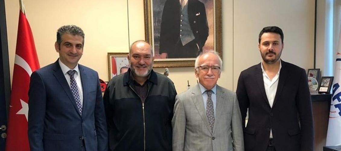 """الدكتور سيد رأفت مسؤول المجلس الطبي الإغاثي يزور منظمة إدارة الكوارث والطوارئ التركية """"آفاد"""""""