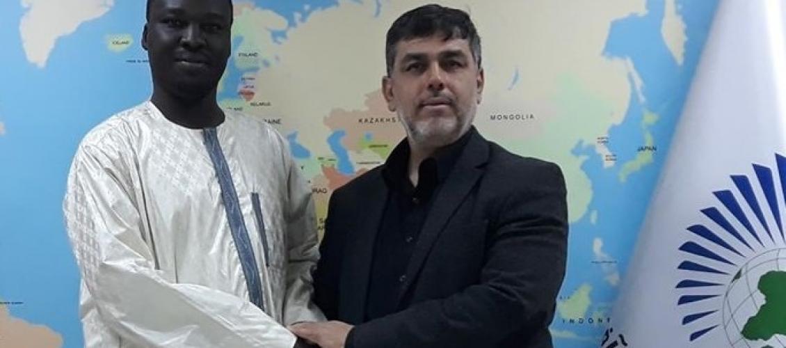 رئيس مجلس العمل الإفريقي بمجلس التعاون يستقبل رئيس اتحاد شباب تشاد الإسلامي