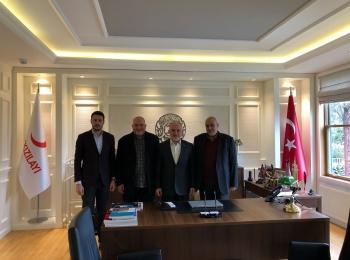 وفد مجلس التعاون الأفروآسيوي ينظم زيارة لمقر جمعية الهلال الأحمر التركي